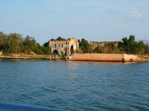 San Giorgio in Alga - The island of San Giorgio in Alga, seen from the lagoon