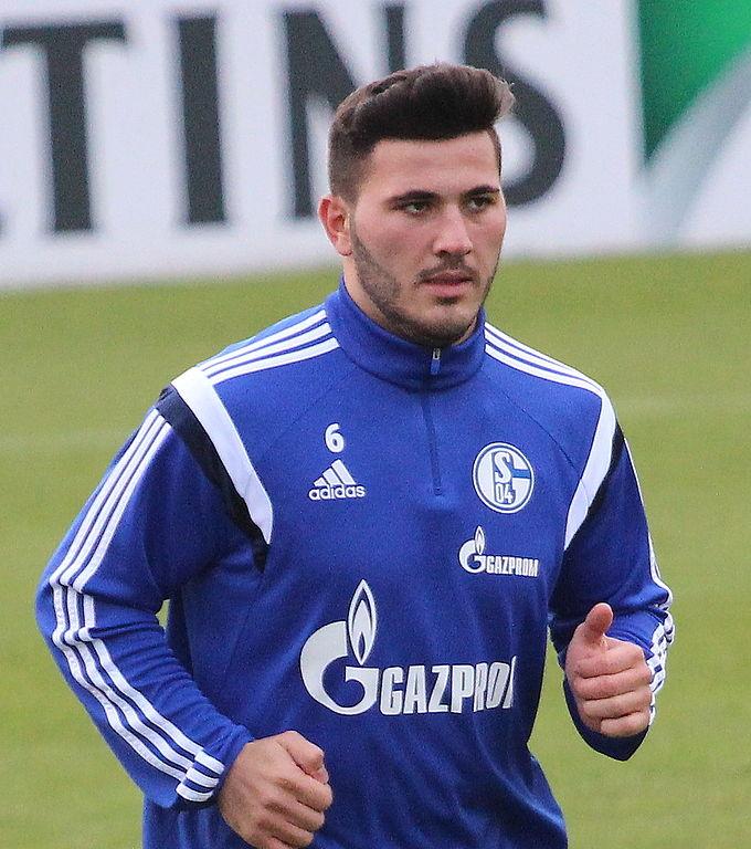 Kolasinac Warming Up For Schalke