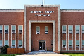 Sequoyah County, Oklahoma - Image: Sequoyah county ok courthouse