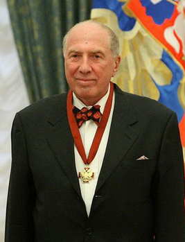 https://upload.wikimedia.org/wikipedia/commons/thumb/0/06/Sergey_Yursky_%28cropped%29.png/267px-Sergey_Yursky_%28cropped%29.png