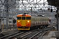 Shinano Railway 115 series at Nagano Station (47549339561).jpg