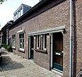 Sint Josephstraat 82, 84, 86 in Gouda.jpg