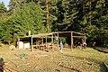 Skautský tábor Svatá Maří stavba.jpg