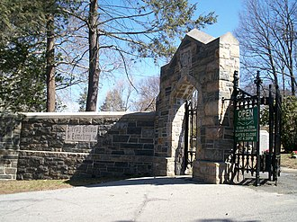 Sleepy Hollow Cemetery - Main entrance to Sleepy Hollow Cemetery
