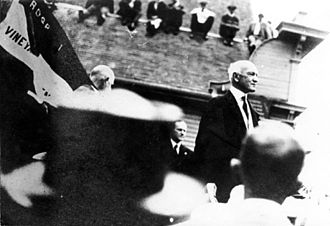 Samuel W. McCall - Gov. McCall speaking in Vineyard Haven, Massachusetts in 1918 (Calvin Coolidge in background).