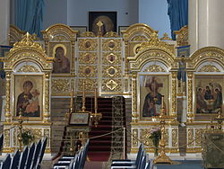 Smolny Cathedral of Resurration of Christ, interior, iconostasis (1).JPG
