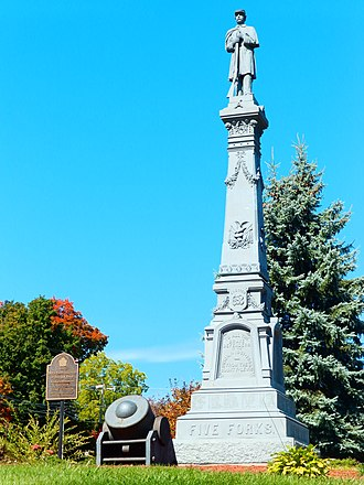 Lewis County, New York - Image: Soldier's Monument of Lowville, NY in the Fall