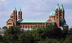 Speyer-Dom-01-Suedseite vom Technikmuseum-gje.jpg