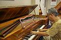 Square Piano played by Jun Shiraishi 1 (photozou 169058868).jpg