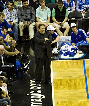 Stan Van Gundy - Van Gundy coaching the Magic.