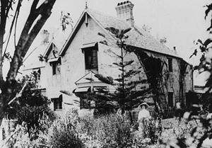 Mary McConnel (pioneer) - Bulimba House is still extant. Here pictured in about 1905