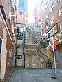 Steep public staircase (18784725126).jpg