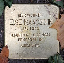 Photo of Else Isaacsohn brass plaque