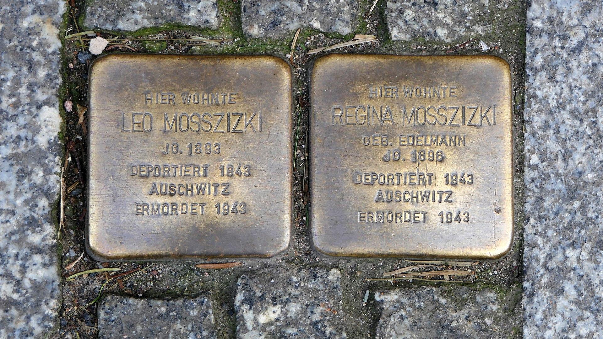 Stolpersteine für Familie Mosszizki, Elbstrasse 28, Meissen.JPG