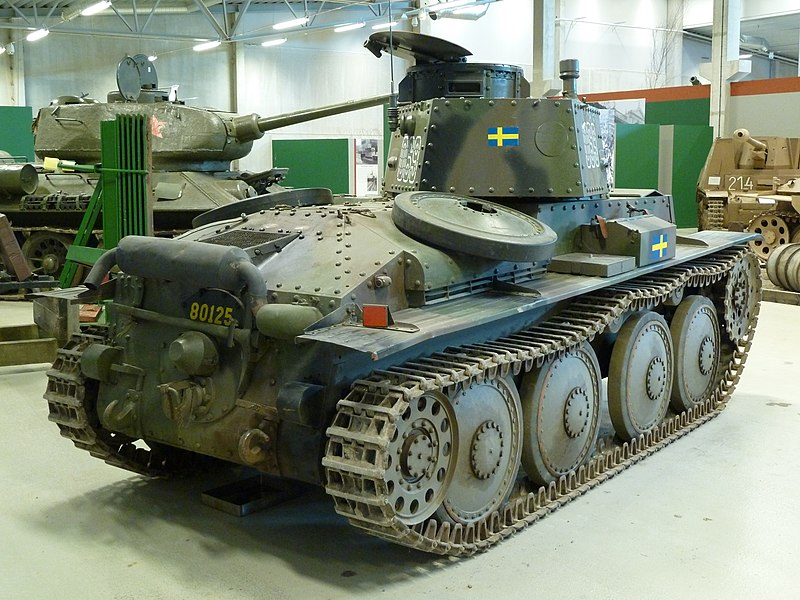 Stridsvagn m/41, rear view - Credits: Wikipedia