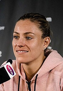 Sydney International Tennis WTA (39950540183) (cropped).jpg