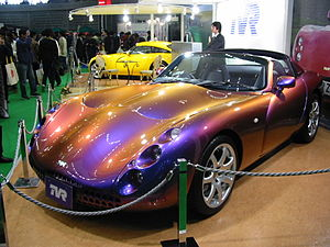 ChromaFlair - This TVR Tuscan Speed Six in Japan is painted with a ChromaFlair pigment, marketed in Japan as Maziora.