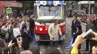 File:Tatra T3 MTTA-2 2301-2302 - opening line at Lesnaya street.webm