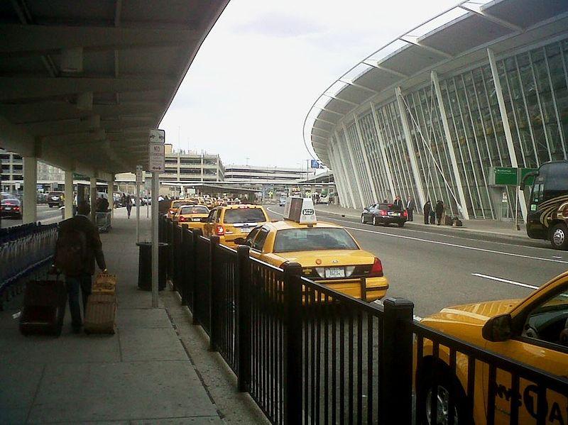 Táxi no aeroporto JFK de Nova York