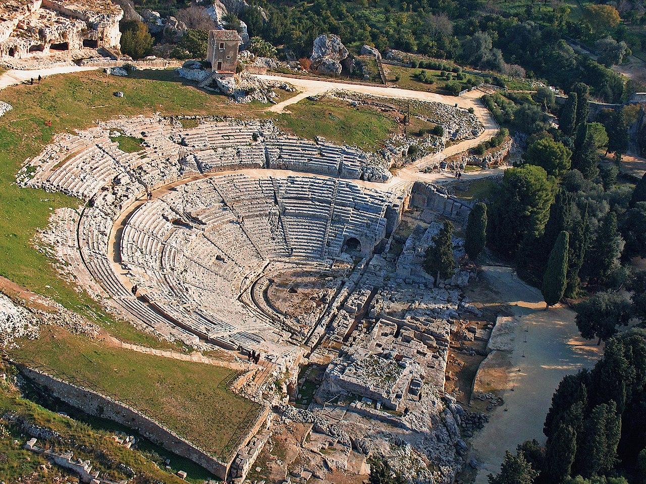 anfiteatro siracusa - guia de viaje siracusa italia