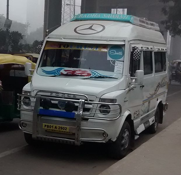 A Tempo on duty with Shuttl.