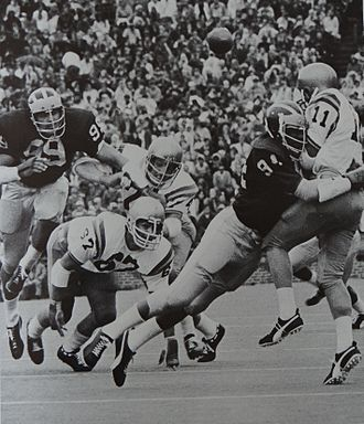 Tom Beckman - Beckman (99) and Butch Carpenter (94) from 1972 Michiganensian