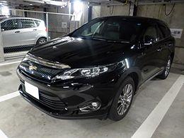 Toyota HARRIER PREMIUM (ZSU60W) front.JPG