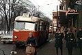 Trådbuss på linje 41 på Sturegatan vid biograf Park, februari 1964.jpg
