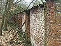 Tuinmuur ten zuiden van oranjerie Berbice 2.jpg