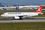 Turkish Airlines, TC-JUK, Airbus A320-232 (16268919270) (2).jpg