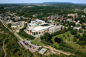 Université du Québec en Outaouais - Image: UQO Université du Québec en Outaouais
