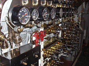 USS Bowfin (SS-287), Pearl Harbour, Oahu, Hawaii, USA8.jpg