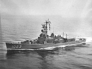 USS Evans (DE-1023) - Image: USS Evans (DE 1023) underway off California in 1962