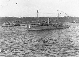 <i>Lapwing</i>-class minesweeper
