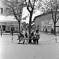Ulica Tomása Garrigue Masaryka, szemben az ulica Jána Amosa Komenského torkolata. Fortepan 54002.jpg