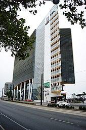 Adelaide - Wikipedia