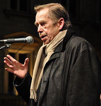 And you are lynching Negroes - Image: Václav Havel na Václavském náměstí 17. listopadu 2009c (cropped)