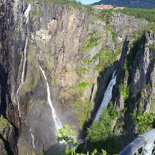 File:Vøringsfoss 51700.jpg