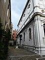 VENICE - Chiesa dei Greci - Campo with well head.jpg