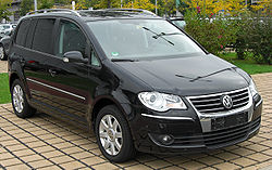 VW Touran 2.0 TDI Facelift front-1.JPG