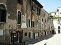 Venezia-Campo S Maria Mater Domini.JPG