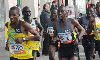 Vienna City Marathon - Henry Sugut (Nr.1) 'en route' in 2013.