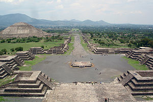 View of the Avenue of the Dead and the Pyramid of the Sun, from the Pyramid of the Moon.