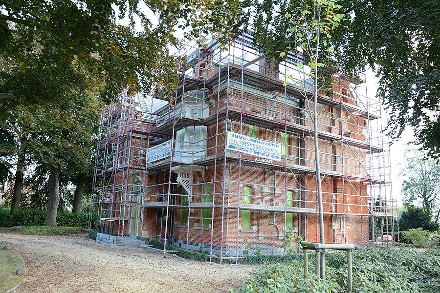 Villa, Wetterse steenweg 2, Oosterzele tijdens renovatiewerken