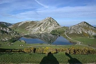 Vistas lagos de covadonga 09.jpg