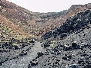Volcán de los cuervos.jpg