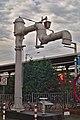 Wasserkran am Bahnhof Stralsund (30303871708).jpg