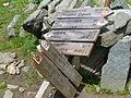 Wegweiser fingerpost 200m NO der Brixner Hütte.JPG