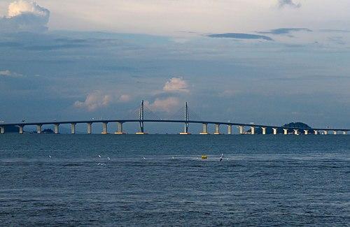 West section of Hong Kong-Zhuhai-Macau Bridge (20180902174105).jpg