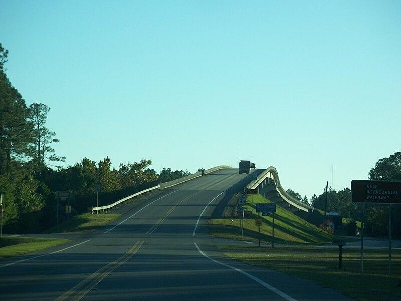 File:White City FL SR 71 ICW bridge south01.jpg
